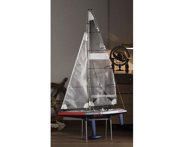 Kyosho Yacht Fortune 612III 2 4GHz Readyset w/KT-431S